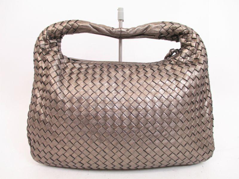 eed9f9ebd955 BOTTEGA VENETA Intrecciato Leather Silver Hobo Shoulder Bag Medium Size   4259  270703-4259