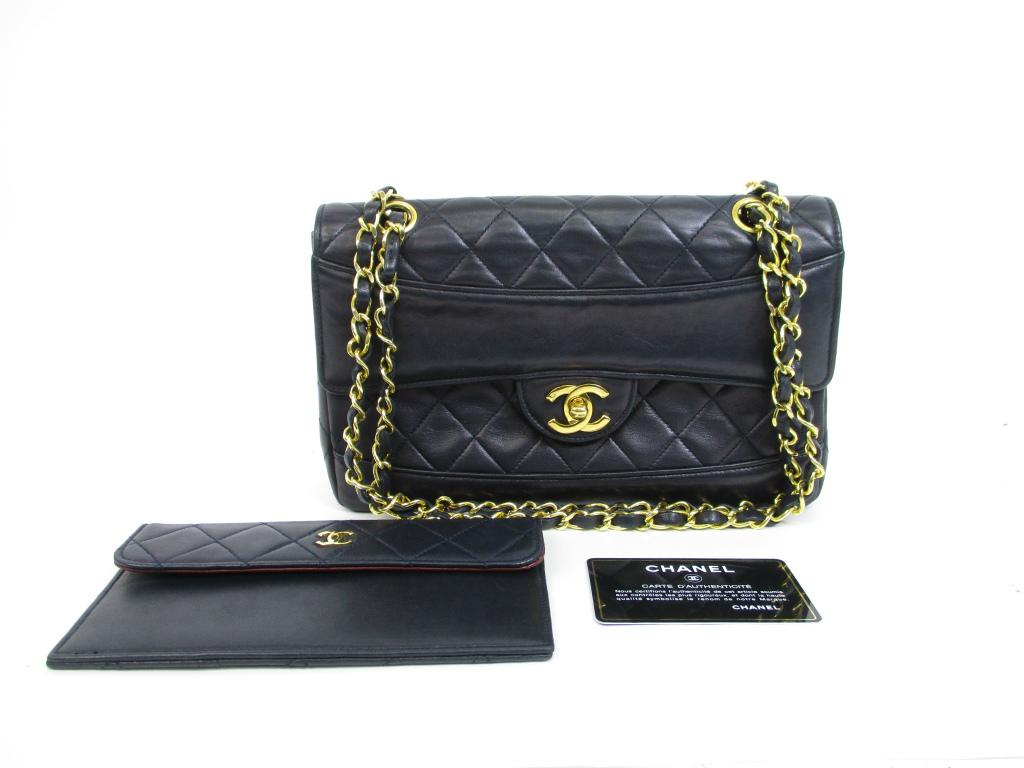 0cd1f095a07 CHANEL Vintage Leather Matelasse Navy Flap Chain Shoulder Bag w Pouch  4427   270806-4427