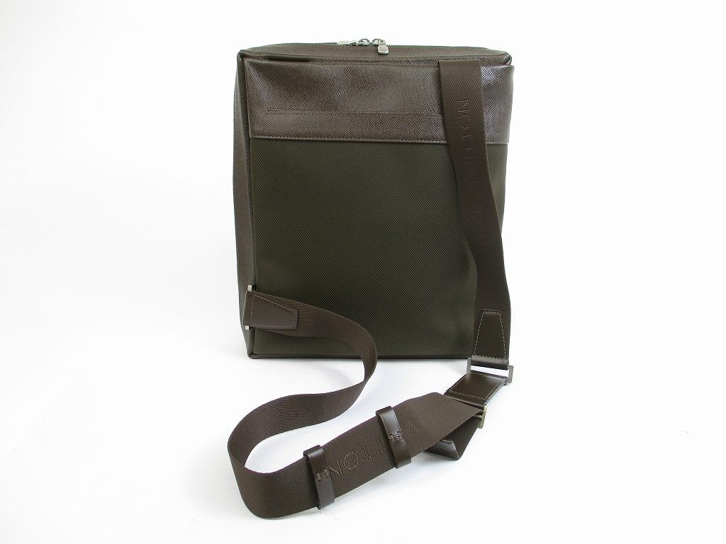 LOUIS VUITTON Taiga Leather Brown Cross-body Bag Body Bag 2Way Beloukha   5214  280203-5214  edd2f4c8d2ae3