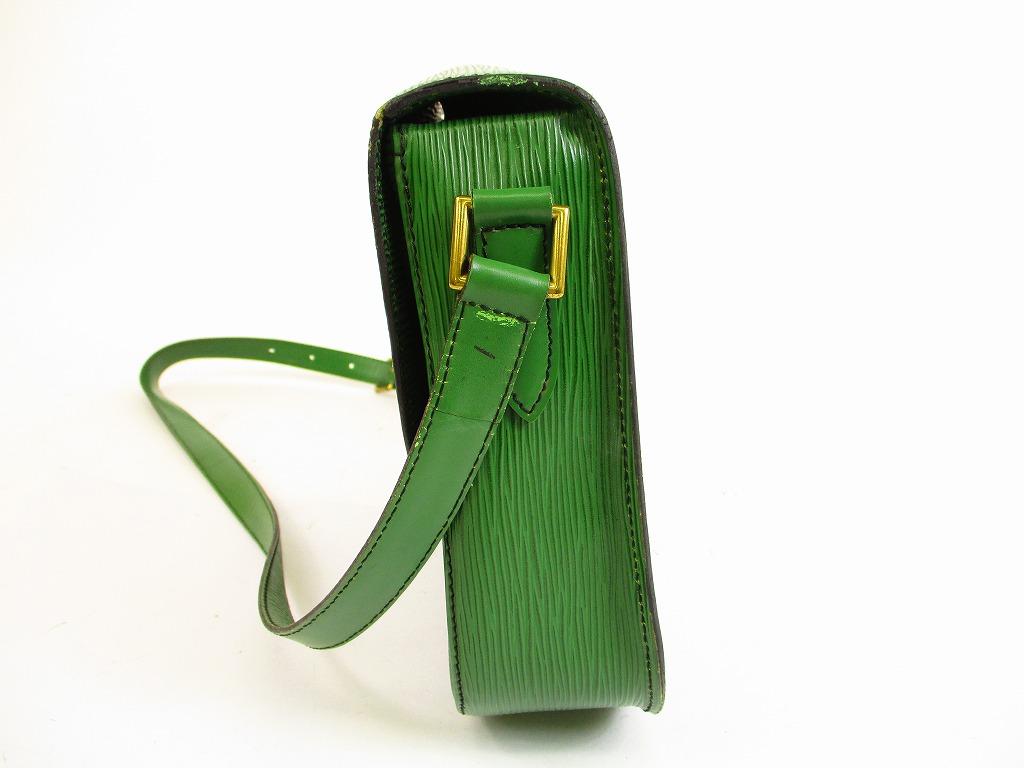8ec642712579 LOUIS VUITTON Epi Leather Green Cross-body Bag Saint Cloud GM  5899   280921-5899